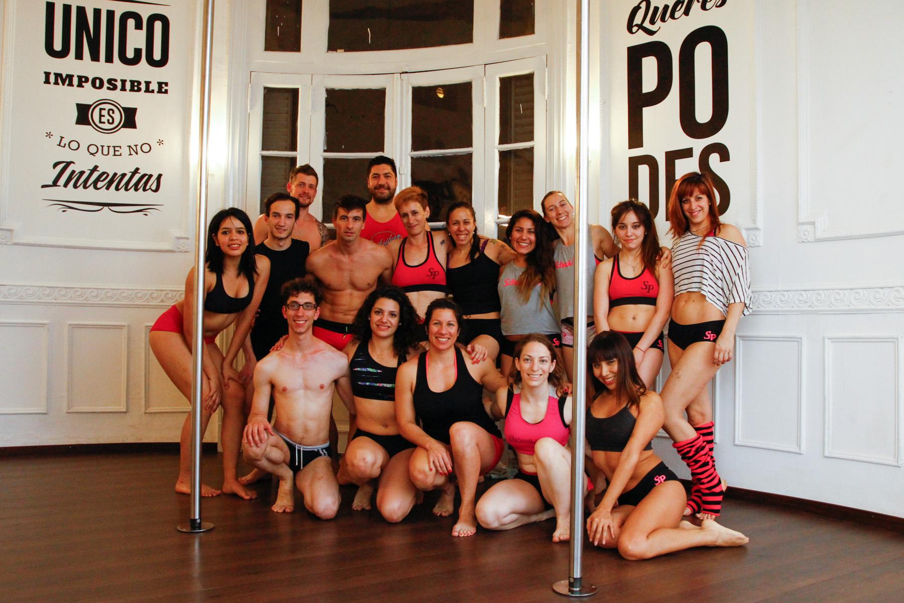 Inauguramos con Manuel Coggiola los «Jueves de Hombres» del pole dance
